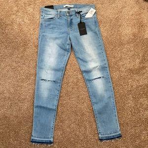 NWT raw hem skinny crop jeans